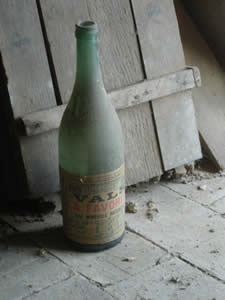 photo no.15 bottle